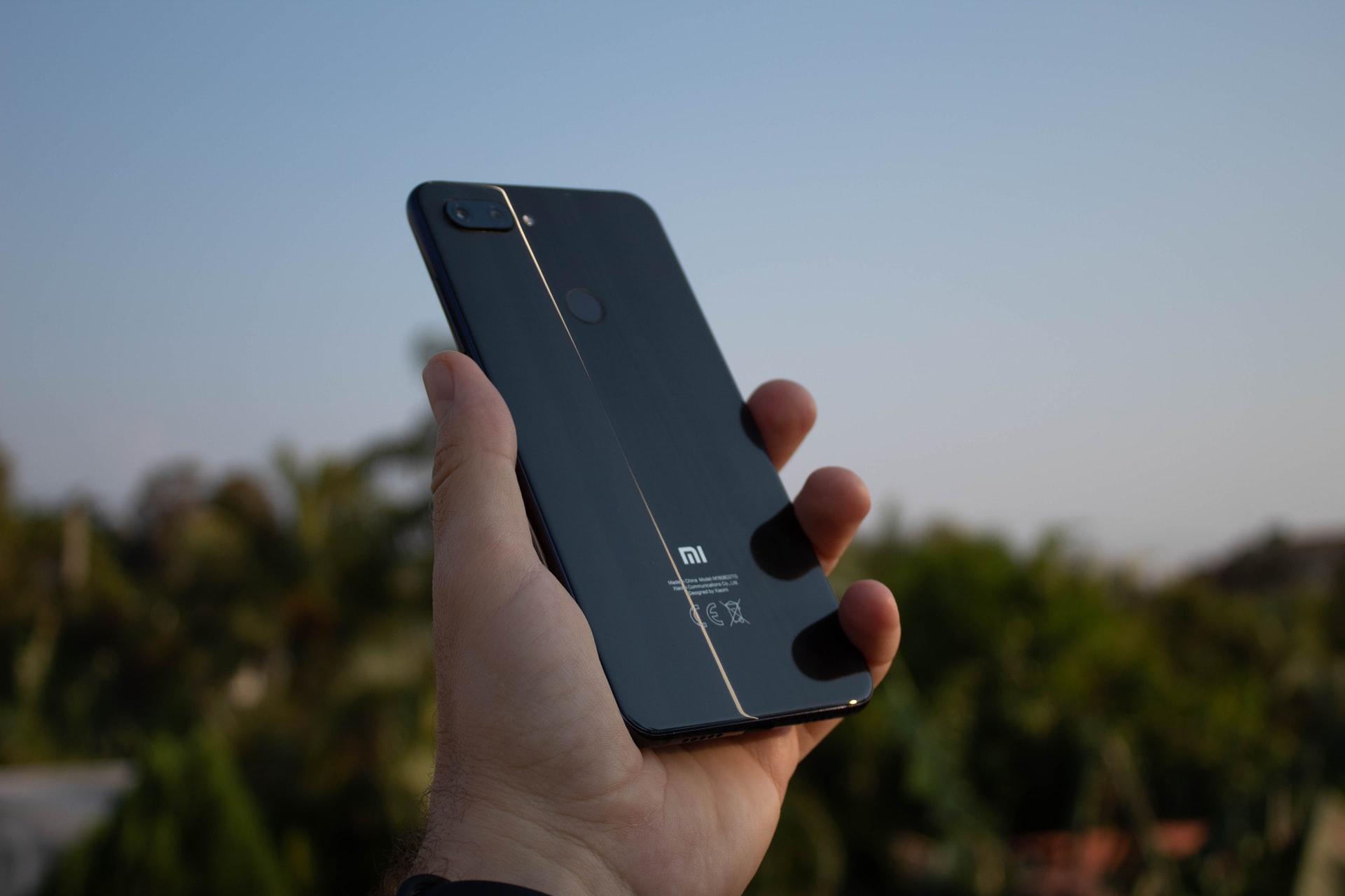 Xiaomi начала активно блокировать смартфоны, нелегально ввезённые в разные страны. В том числе в Крым