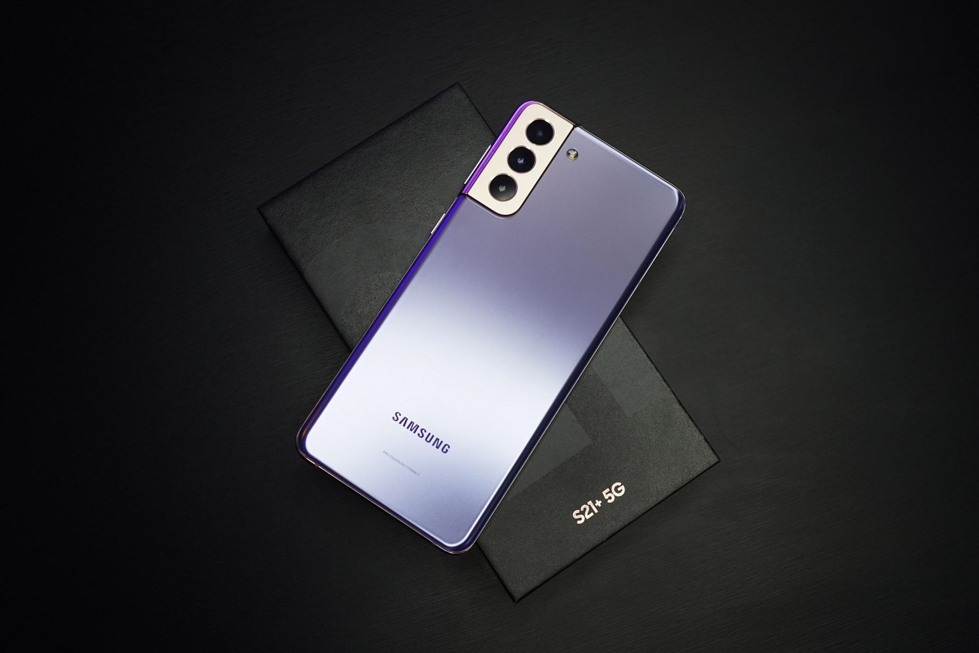 iPhone 13 Pro Max против Samsung Galaxy S21 Ultra. Смартфоны сравнили в крупном тесте камер — organaizer.info