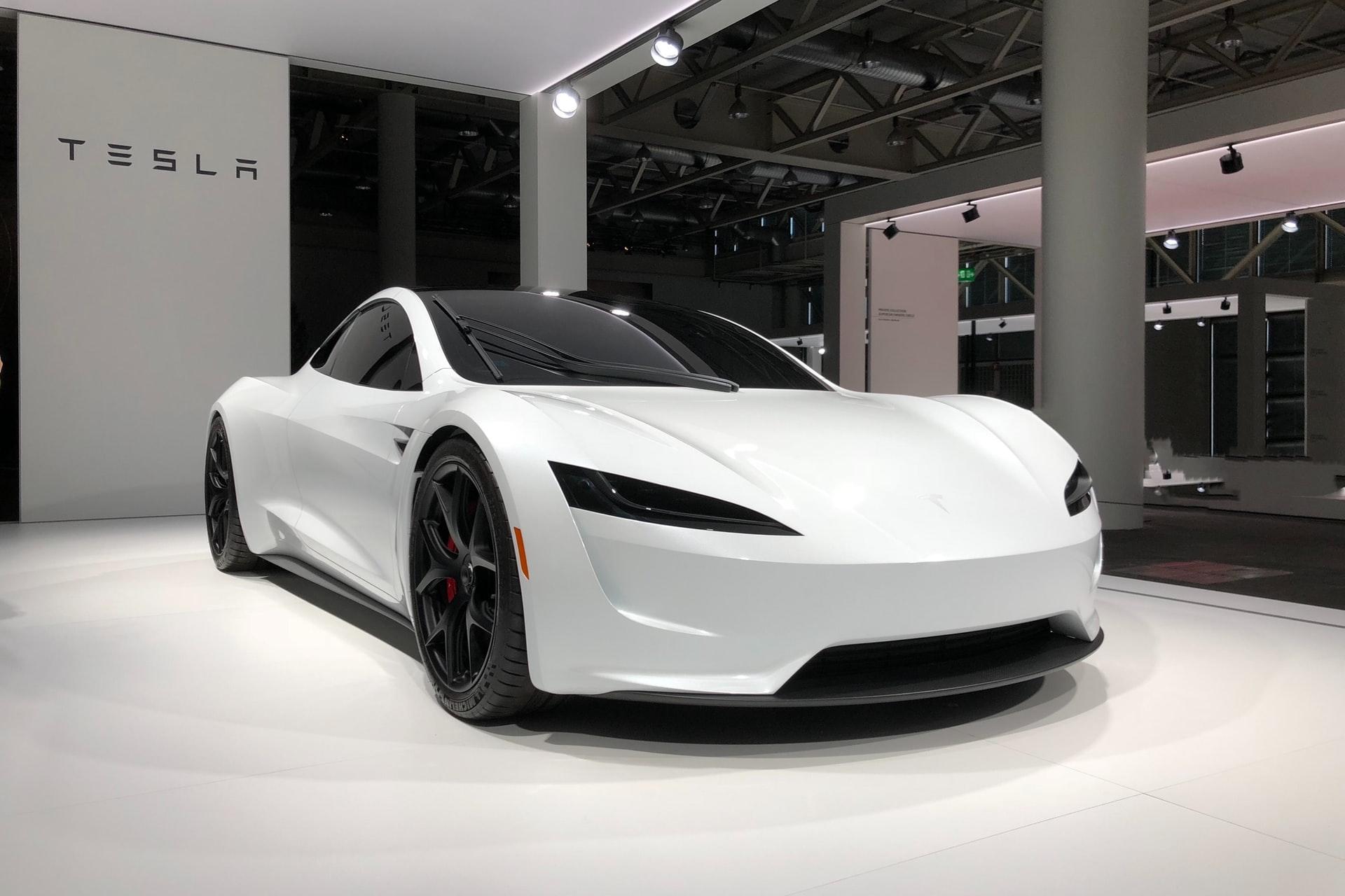 Конкурент Tesla Cybertruck прошёл «Врата Ада»: первым серийным электрическим пикапом на этом маршруте стал Rivian R1T